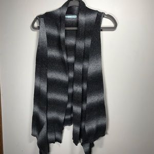 MAURICE'S Open Vest with Rear Tie, Size medium